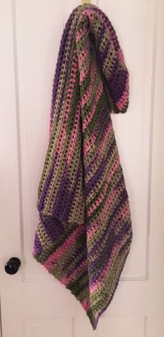 COUCH AFGHAN BLANKET WRAP crochet handmade BULKY SOFT CHUNKY lap pink green mix #Unbranded