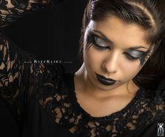 Dark halloween look http://www.makeupbee.com/look.php?look_id=68010