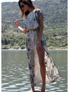 martacarriedo Outfit  Zara maxi dress  Verano 2012. Cómo vestirse y combinar según martacarriedo el 29-5-2012
