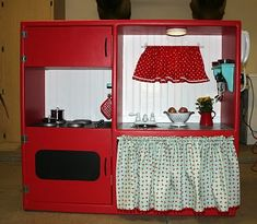 Play Kitchen DIY made from upcycled entertainment center. E would love this because its RED! Play Kitchen Diy, Toy Kitchen, Play Kitchens, Childs Kitchen, Mini Kitchen, Old Entertainment Centers, Entertainment Center Furniture, Entertainment Stand, Cocinas Kitchen