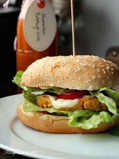 Möhren-Sesam-Kichererbsen Burger