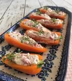Gevulde mini paprika met roomkaas. Het recept voor deze heerlijke borrelhapjes staat op mijn blog Homemade by Joke.