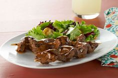 Experiment with a new kabob recipe with our Caramelized-Beef Skewers. The secret of our Caramelized-Beef Skewers is the taste of the tangy marinade.