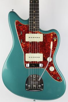 1960 Fender Jazzmaster Ocean Turquoise | via thunder road guitars