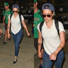 Kristen arriving to LA 9/27/14