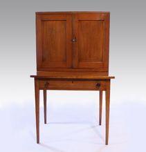 American Maple Hepplewhite Plantation Desk