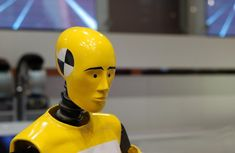 Manny Lulhannes; de 'onvernietigbare' crash test dummy ontworpen door de vader van Antsy bij Fisher Plastic Products