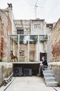 Estudio en la Calle Lacy por Sauquet Arquitectes i Associats | METALOCUS