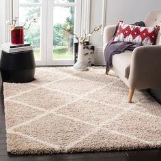 Safavieh Hudson Shag Collection Beige and Ivory Moroccan Diamond Trellis Area Rug Grey Shag Rug, Grey Rugs, Beige Area Rugs, Trellis Rug, Farmhouse Rugs, Rug Size Guide, Moroccan Design, Online Home Decor Stores, Modern Rugs