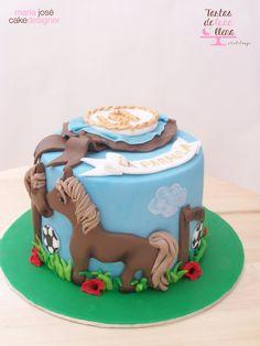 Tarta Hípica y fútbol - Hipica - soccer cake www.tartasdelunallena.blogspot.com maria jose cake designer