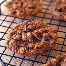 Haferflocken-Cookies mit Kirschen und Schokolade