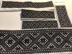#svartsøm #smøyg #hardangerbunad Afghan Clothes, Hardanger Embroidery, Going Out Of Business, Cut Work, Chanel Boy Bag, Blackwork, Norway, Cross Stitch, Weaving