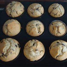 Rezept Muffins mit Schokostückchen von Svenja Bertram - Rezept der Kategorie Backen süß