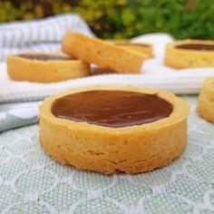 Chocoladekoeken ~ chocolatecookies ~ #chocoladekoeken #koeken #koekjes #cookies ~ www.hetkeukentjevansyts.nl Cheesecake, Cookies, Chocolate, Desserts, Crack Crackers, Tailgate Desserts, Deserts, Cheesecakes, Biscuits
