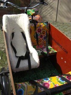 Pimp your cargobike! Velo Cargo, Messenger Bag, Satchel, Wheels, Blanket, Handmade, Bags, Etsy, Inspiration