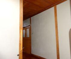 廊下の壁を「四国化成の砂王」でリフォーム☆(うすい茶色です)