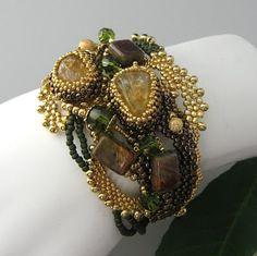 Beading Arts: Seed bead artist: Paula Huckabay