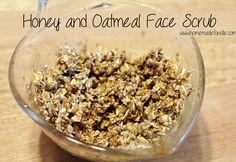 Honey and Oatmeal Face Scrub