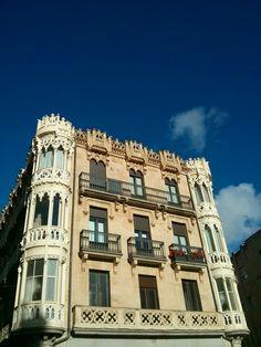 Fachada de un edificio en la Calle Toro, Salamanca