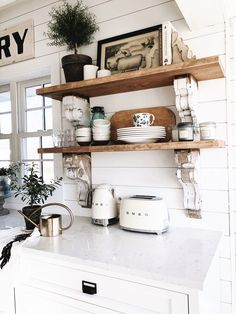 Cottage Style Kitchen Shelves – To Paint or Stain? - - Cottage Style Kitchen Shelves – To Paint or Stain? Primitive Kitchen, Farmhouse Kitchen Decor, Country Kitchen, Farmhouse Style, Farmhouse Shelving, Antique Kitchen Decor, Farmhouse Sinks, Kitchen Interior, Modern Interior
