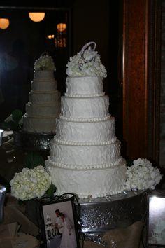 Textured wedding cake with hydrangeas (I think?)