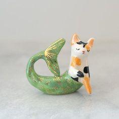 Ceramic art by Danielle Pedersen Ceramic Mermaid Cat Ceramic Clay, Ceramic Pottery, Slab Pottery, Thrown Pottery, Ceramic Bowls, Pottery Vase, Porcelain Ceramics, Sculptures Céramiques, Ceramic Sculptures