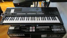 Bom dia! Procura um teclado ou um piano digital? Venha ao Salão Musical de Lisboa ver os teclados e pianos digitais Yamaha.