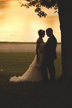 Bride & Groom pose at sunset | Nashville, TN | laura k. allen Photography & Design