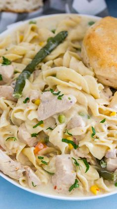 Instant Pot Chicken Pot Pie Pasta has all the flavors of a classic chicken pot pie, is insanely easy to make, loaded with tender chicken and veggies in a very creamy sauce.