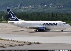 Tarom  Boeing 737-38J  (airliners.net)