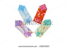 https://thumb1.shutterstock.com/display_pic_with_logo/2866621/256870897/stock-photo-japanese-envelope-decorated-with-a-crane-for-presenting-a-gift-of-money-in-new-year-256870897.jpg