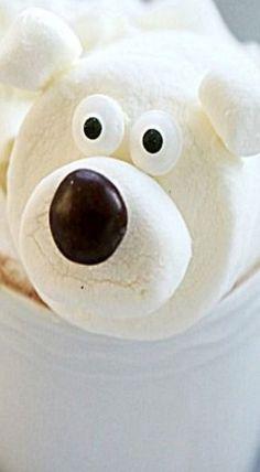 Polar Bear Marshmallows for Hot Chocolate - easy to make so stinkin' cute!! ❊