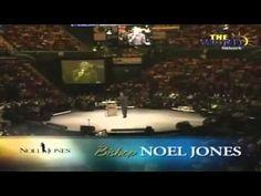 Bishop Noel Jones, Favor