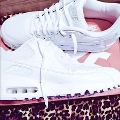 huge selection of b52be acad2 Nike Airmax 90 All White, brand new got them last month.