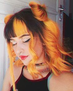 Half Dyed Hair, Split Dyed Hair, Half And Half Hair, Pretty Hair Color, Hair Color For Black Hair, Hairstyles With Curled Hair, Orange Ombre Hair, Hair Dye Shades, Dyed Hair Pastel