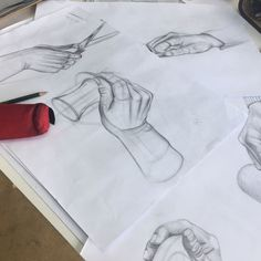 Öğrenci El Çalışmaları... #art #artwork #art�� #instaartist #artist #atolye #guzelsanatlarahazirlik #fineart #hand #desen #resimkursu #instaart #el #çizim #karakalem #charcoal #sketch #sketchbook #design #eskiz #sanat #kurs #üniversite #hazırlık http://turkrazzi.com/ipost/1524676357303415249/?code=BUovRGigbHR