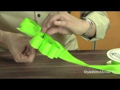 Tying the Perfect Bow! - YouTube