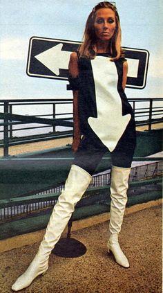 Vintage Fashion - Black & White Arrow Dress - 1967