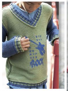 The pattern for this cool home knit sweater is available in the first US edition of Made By Me Magazine. Buy it in iTunes or on Zinio.com.