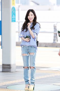 Photo album containing 22 pictures of Taeyeon Taeyeon Fashion, Snsd Airport Fashion, Kpop Girl Groups, Kpop Girls, Japanese Fashion, Korean Fashion, Kim Tae Yeon, Kpop Outfits, Girls Generation
