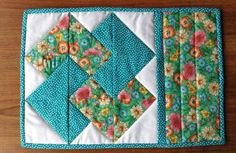 (7) Name: 'Quilting : Card Trick mug rug, snack mat