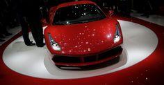 Ferrari 488 GTB (meados do ano): a substituta da 458 Italia, apresentada mundialmente no Salão de Genebra 2015, deve chegar ao Brasil superando os cerca de R$ 2 milhões cobrados pelo modelo anterior