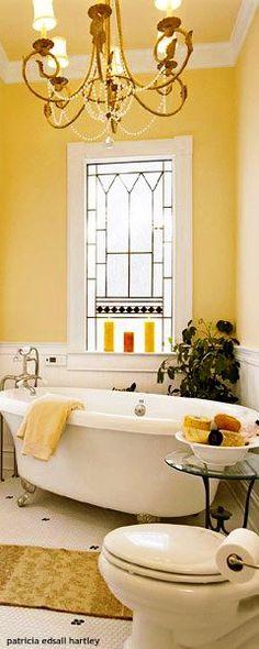 Yellow Home Decor, Yellow Interior, Home Decor Trends, Diy Home Decor, Room Decor, Yellow Kitchen Inspiration, Yellow Cottage, Yellow Houses, Rustic Farmhouse Decor