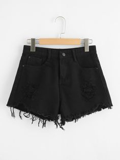 To find out about the Plus Side Pocket Raw Hem Ripped Denim Shorts at SHEIN, part of our latest Plus Size Denim Shorts ready to shop online today! Distressed Denim Shorts, Ripped Denim, Black Denim Shorts, Casual Shorts, Cycling Shorts, Fashion News, Barbie, Plus Size, Clothes