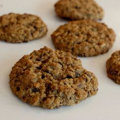 Cinnamon Spice Coconut Lentil Chocolate Chip Cookies | WHAT the HECK do I eat NOW Vegan Dishes, Vegan Desserts, Dessert Recipes, Lunch Recipes, Vegan Food, Vegan Breakfast Recipes, Delicious Vegan Recipes, Yummy Food, Cinnamon Spice