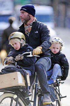 Liev Schreiber  #cyclingcelebrities #celebrities #cycling