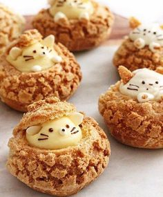 Kitty and mouse cookie choux!🐹🐱✨Tag someone who loves cream puffs! Cute Food, Yummy Food, Choux Cream, Cookie Recipes, Dessert Recipes, Kawaii Dessert, Choux Pastry, Cupcakes, Fancy Desserts