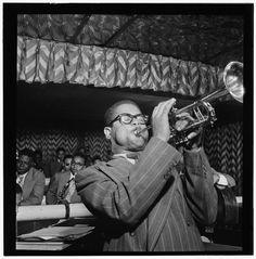 Dizzy Gillespie at #ClubDownbeat 52nd Street #NYC 1947 #Gottlieb #jazz #bebop @DownBeatMag