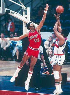 Chicago Bulls - Artis Gilmore : 1976-1982, 1987