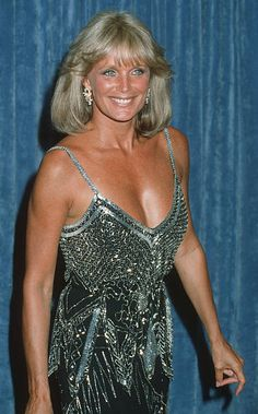 News Photo : Linda Evans during Annual Primetime Emmy. Classic Actresses, Beautiful Actresses, Actors & Actresses, Dynasty Tv Show, Dynasty Actors, Michael Jackson, Der Denver Clan, Heather Locklear, Joan Collins